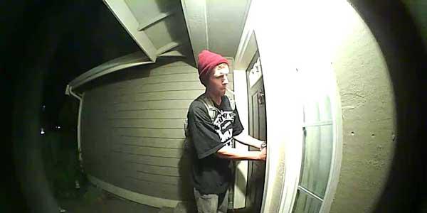 Burglar prevention tips edinburgh locksmith for Golden rule garage door